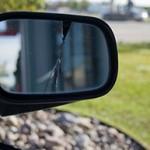 La truffa dello specchietto, una piaga per gli automobilisti